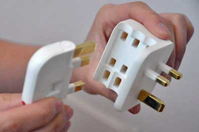 Folding Plug
